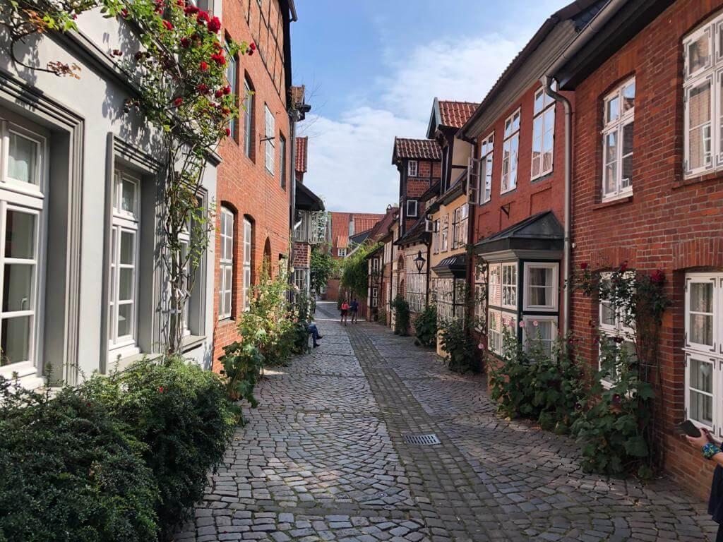 Malerische Gasse in Lüneburg